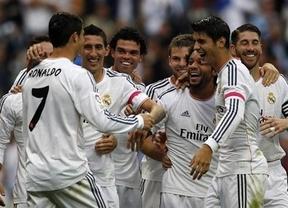 El Madrid sigue sin brillo pero resuelve sin demasiados problemas el choque ante el Málaga (2-0)