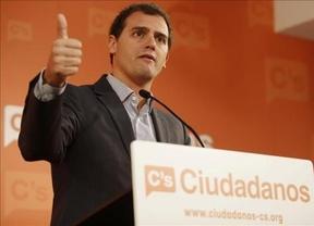 Rivera quiere 'barrer' la corrupción en Valencia y asegura que tendrá la