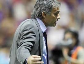 Iker Casillas dice que Mourinho se quiere quedar en el Real Madrid