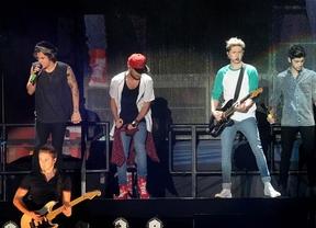 One Direction aplaca la histeria de sus fans regalándoles un buen concierto en el Vicente Calderón