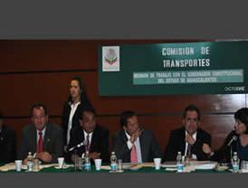 Lozano busca recursos para desarrollo de Aguascalientes