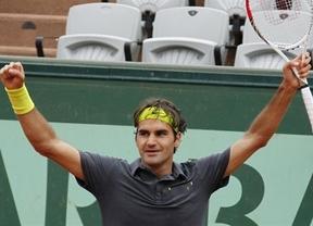 Federer vuelve por sus fueros y ya está en semifinales