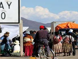 Toledo reclama reacción de América Latina frente a Chávez