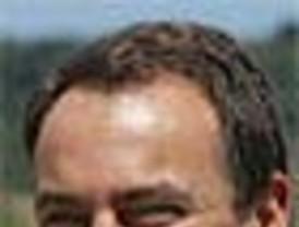 ¿Y si le pilla un golpe de Estado a Zapatero en Túnez?