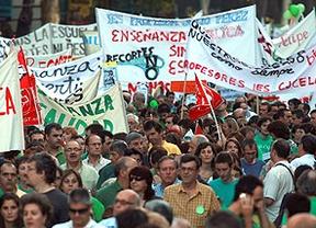 Los profesores le montan una 'marcha verde' a Aguirre en el centro de Madrid