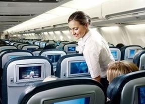 Una aerolínea de bajo coste crea una zona 'libre de niños' en sus aviones