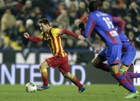 El Barça se duerme el primer tiempo, pero Tello, con un triplete, y Messi lo arreglan después y cierran la eliminatoria (1-4)