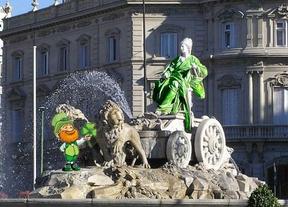 Después de que Galaxy Note 'customizara' Sol, San Patricio viste de verde a la Cibeles