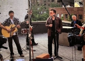 U2 retrasa el lanzamiento de su nuevo disco hasta abril