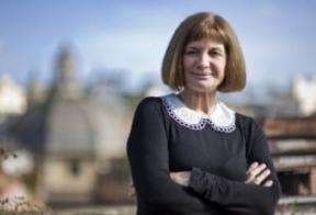 La escritora albaceteña Alicia Giménez Bartlett gana el X Premi Pepe Carvalho