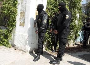 Dos valencianos sobrevivieron al atentado en Túnez al esconderse en un cuarto de la limpieza