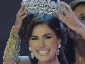 Miss Venezuela dice que llevar la corona es una gran responsabilidad