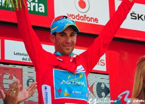 Vincenzo Nibali recupera el maillot con 'Purito' como gran perjudicado