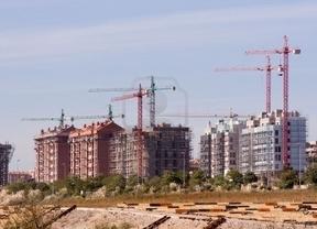 Residencia para inmigrantes a cambio de comprar una casa: ¿A favor o en contra?