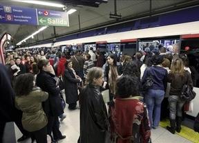 Huelga Metro de Madrid: los sindicatos no garantizan el cumplimiento de los servicios mínimos para la noche de Reyes... fijados en el 80%