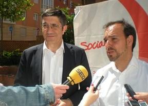 López junto al secretario del PSOE en Guadalajara, Pablo Bellido