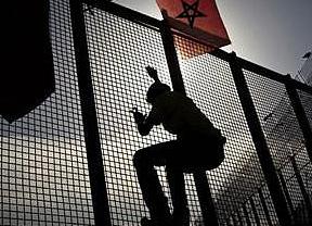 El Gobierno justifica el uso de gas pimienta sobre los inmigrantes en la valla de Melilla por su