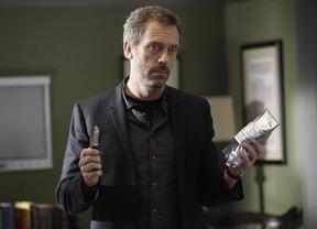 Hugh Laurie cambia el bastón por los escenarios: este jueves, concierto en Barcelona