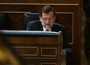 Rajoy contesta sobre los asuntos turbios del PP (Bárcenas, Sepúlveda...), pero ni comenta las críticas a la Corona