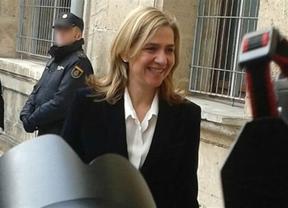 La infanta Cristina evita dar detalles al juez, aunque ha reconocido que el Rey le pidió a Urdangarín dejar sus negocios