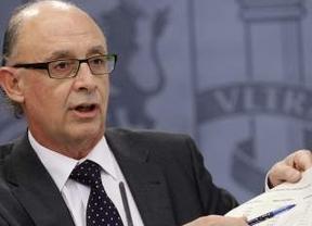 Los Presupuestos 'recortadores' avanzan: el ministro Montoro los presenta este martes en el Congreso