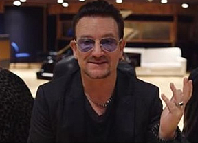 Bono se disculpa por obligar a los usuarios de iTunes a descargar el disco de U2
