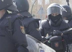 Archivan la denuncia de agresiones a 4 fotoperiodistas que cubrieron la manifestación 'Jaque al Rey' por no poder identificar a los antidisturbios