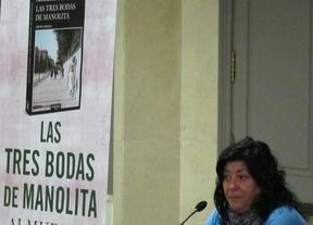 Almudena Grandes presentará en Castillo de Bayuela 'Las Tres Bodas de Manolita'