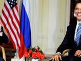 John  McCain recuerda críticas de Biden a Obama
