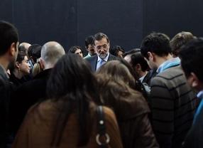 La prensa planta cara a los partidos antes de la campaña europea: sin ruedas de prensa no habrá caravanas electorales