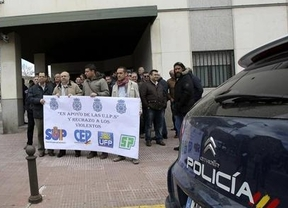 El mundo al revés: antidisturbios manifestándose para exigir responsabilidades por incidentes el 22-M