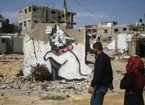 Banksy y sus murales se meten de lleno en el conflicto palestino