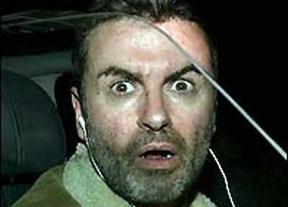 George Michael sufre un aparatoso accidente de coche