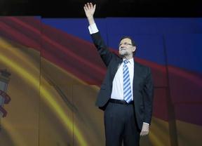 La desbandada de barones regionales en el PP, ¿antesala del adiós de Rajoy en las generales?