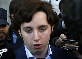Los abogados del 'pequeño Nicolás' le abandonan por impago de sus honorarios