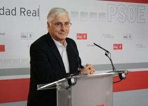 Una información afirma que el PSOE infló contratos públicos para pagar actos y Barreda dice estar