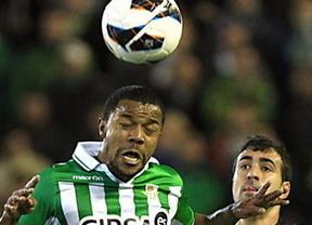 El Betis lo intenta, pero el Valladolid 'puntúa' en Villamarín (0-0)