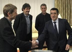 Bildu pide al Lehendakari que abra un diálogo
