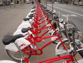 L'Ajuntament de Barcelona triga quatre anys en adonar-se de que calen semàfors per les bicicletes