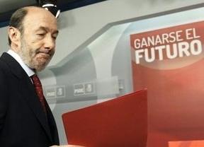 Entierran a Rubalcaba: el adiós de Griñán reabre el debate sucesorio en el PSOE, donde nadie ve fuerte al actual líder