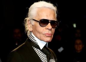 El diseñador Karl Lagerfeld la sigue montando: ahora llama 'tonto' al Rey