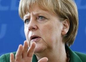 Merkel tensa más la situación a Grecia: las condiciones del rescate son inamovibles