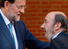 El PP rechaza la idea de Rubalcaba de impulsar una reforma la Constitución que contente a Cataluña