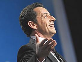 Piratean la cuenta de Facebook de Sarkozy y publican que no se presenta a la reelección