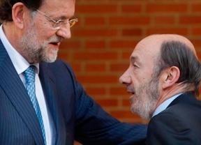 Se acabó el veraneo político: Rajoy y Rubalcaba vuelven el lunes a sus despachos