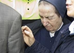Sor María 'cuelga los hábitos'