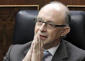 El Gobierno negocia duro con Bruselas para evitar recortar otros 15.000 millones