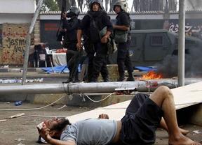 España da ejemplo y suspende la venta de armas a Egipto, que supusieron casi 100 millones de euros en 2012