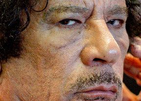 Fin de la 'era Gadafi': descubra a fondo al exmandatario libio 'perro loco'