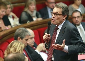 El Parlament reclama un referéndum sobre la monarquía
